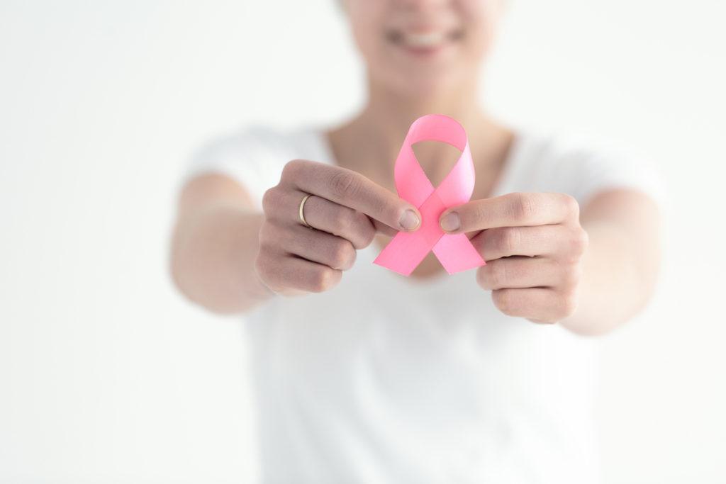 Oktober, borstkankermaand: belang van zelfonderzoek