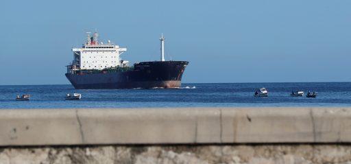 Amerikaanse bedrijven laten oog vallen op Venezolaanse olietankers als betaling voor onteigeningen onder Chavez