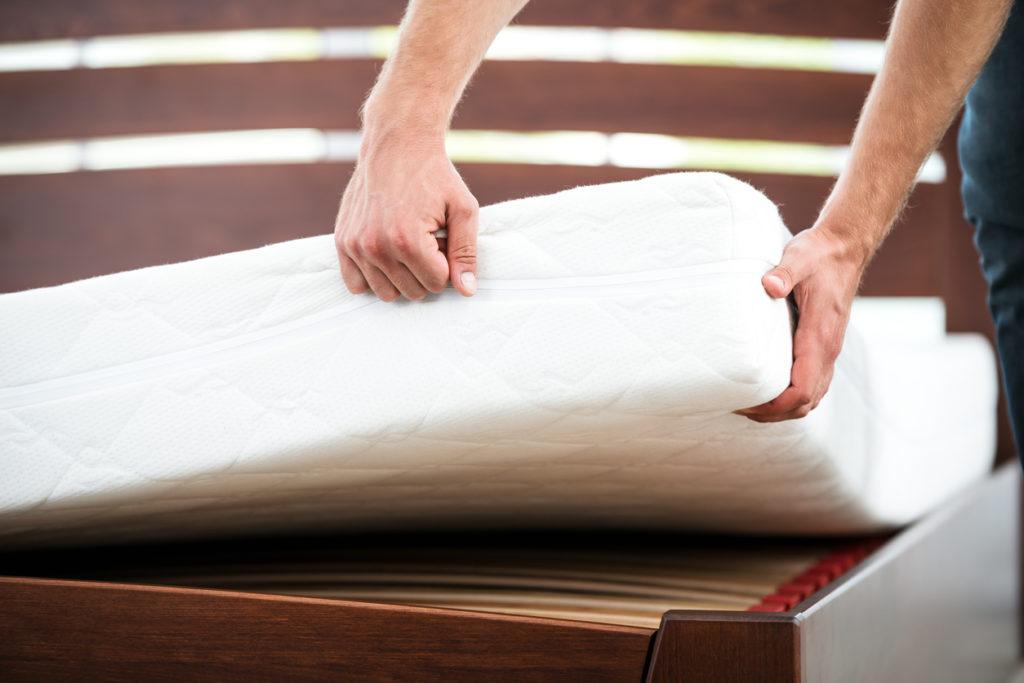 Onderhouden & draaien van je matras: hoe ga je te werk?