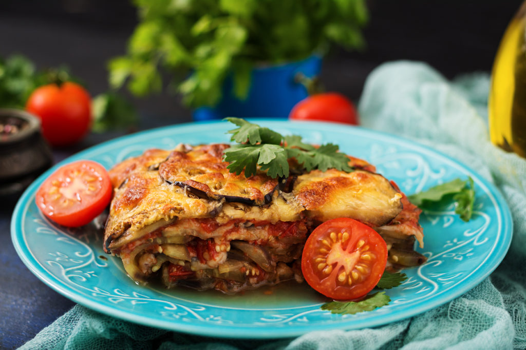 Ovenschotel met aubergine en zalm