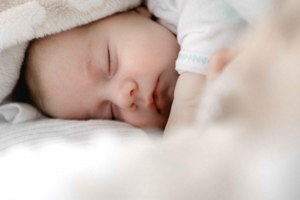 De geboorte van je kindje aangeven: hoe gaat dat in z'n werk?