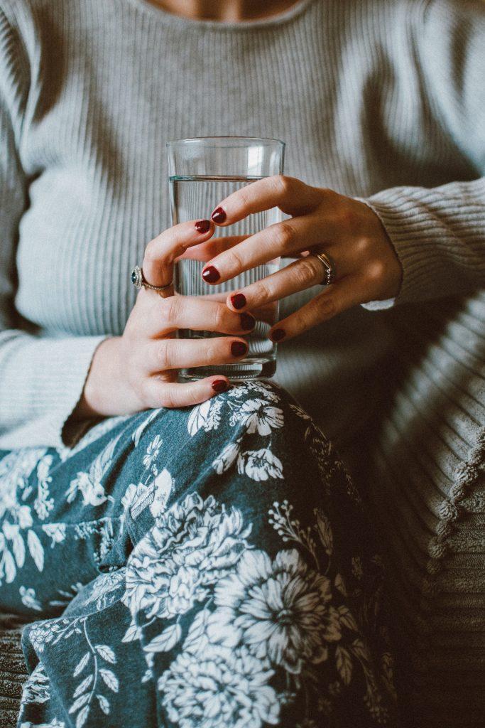 Meer water drinken tijdens je werkdag in 3 eenvoudige stappen