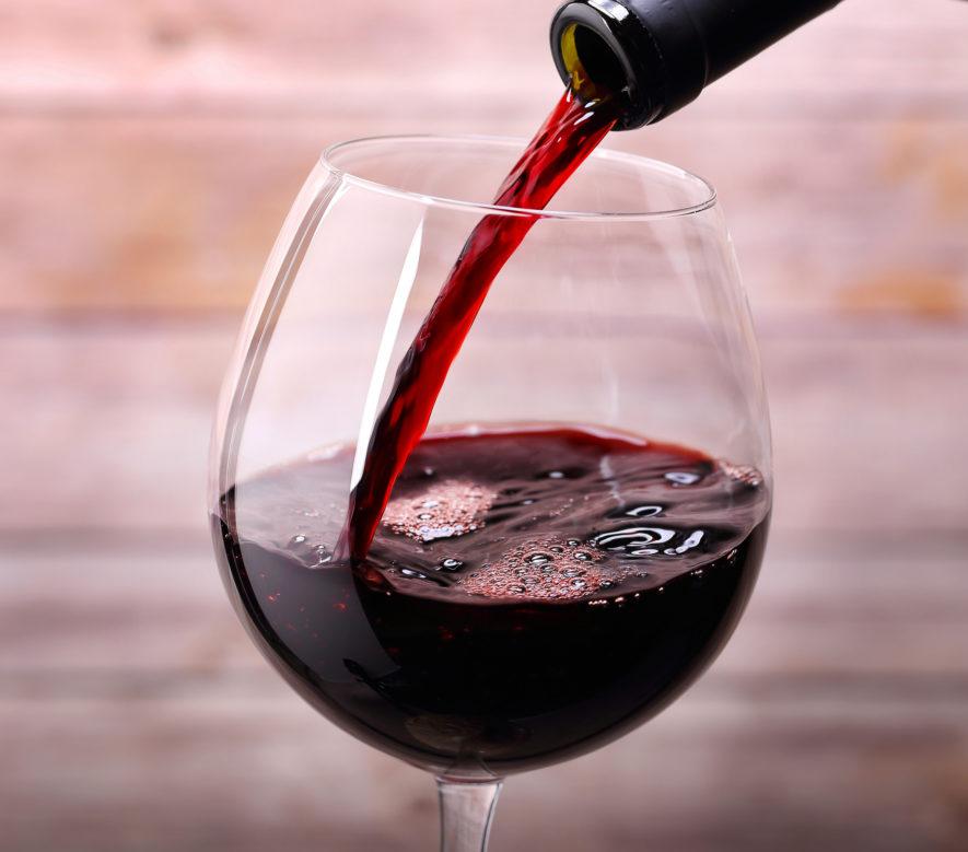 Is een glas rode wijn drinken echt wel zo gezond?
