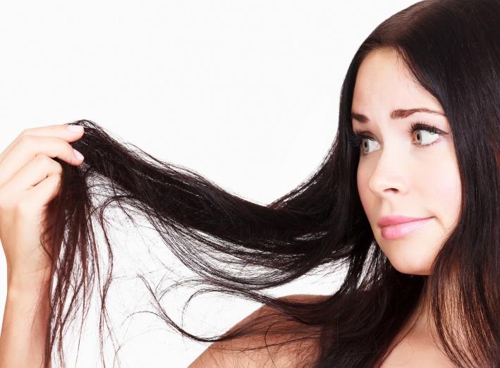 Que faire contre les cheveux gras ?