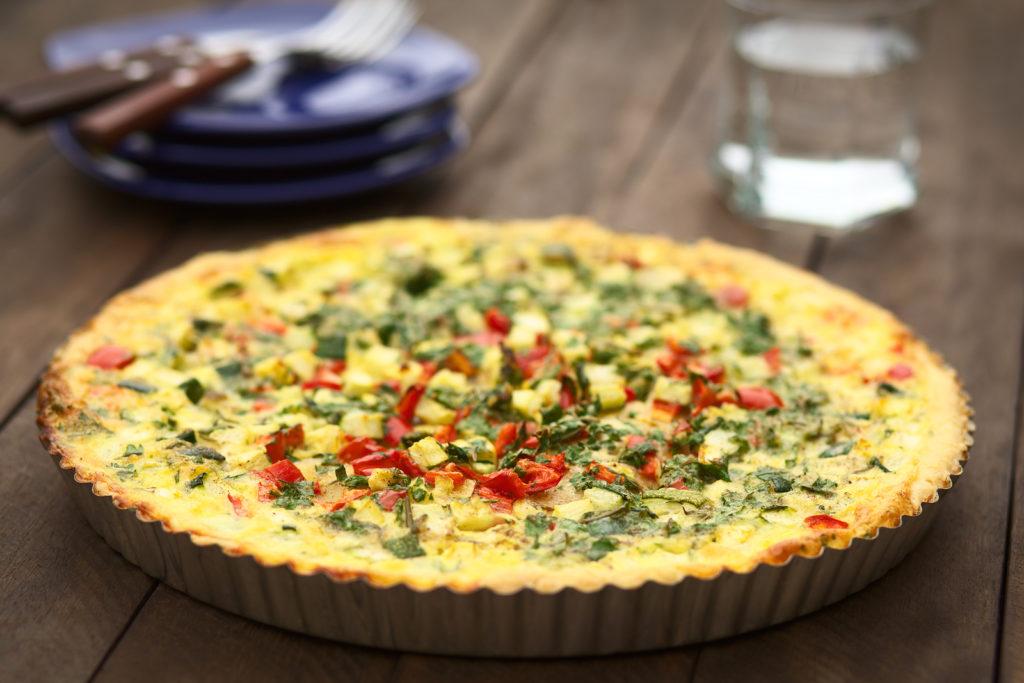 RECEPT Quiche met broccoli, gedroogde tomaten en geitenkaas