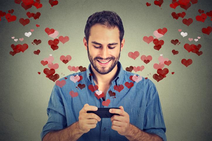 RAAR: ken jij deze vreemde datingsites?