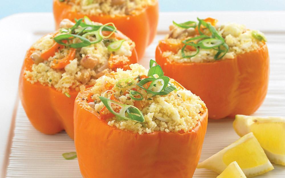 Recept: gevulde paprika's met quinoa en verse groentjes