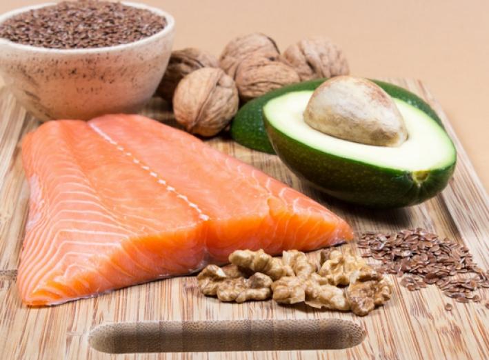 Régime anti-cholestérol : quels aliments à privilégier et à éviter?