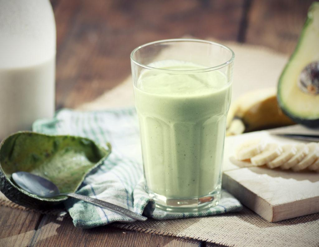 Romige banaan avocado smoothie