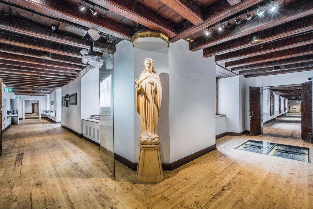 Québec - Le Monastère des Augustines
