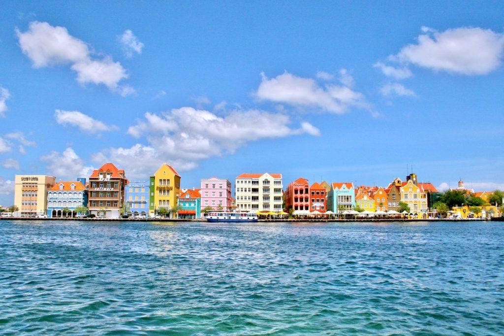 Curaçao - Willemstad handelskade
