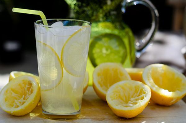 Is 's Ochtends Citroenwater drinken Gezond?