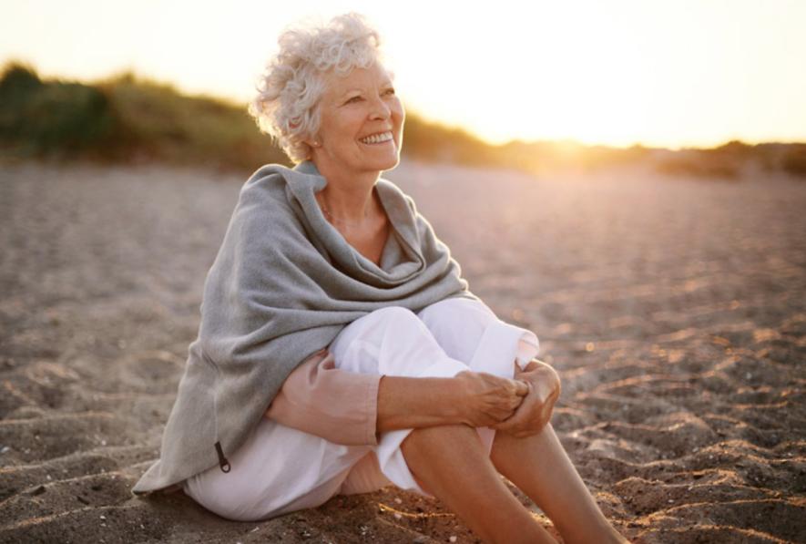 Hoe kan ik ouderdomsvlekken behandelen?