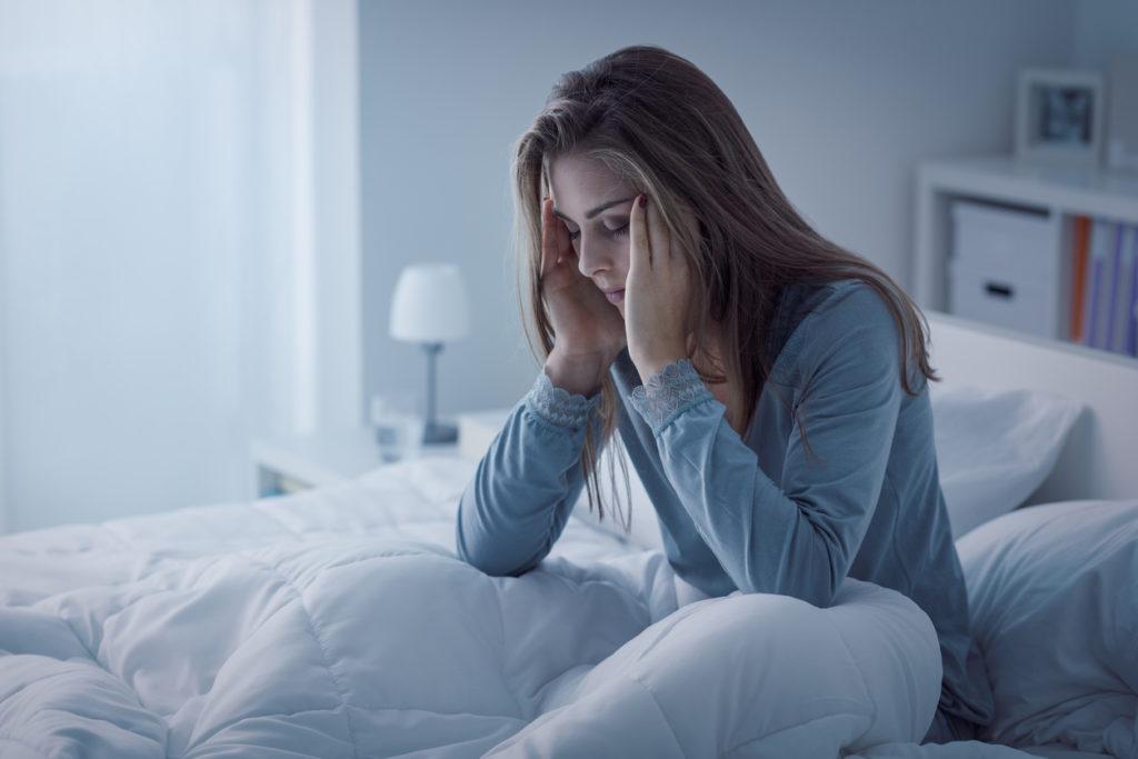 Slaap je momenteel slecht? Dat is normaal voor de tijd van het jaar