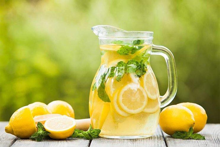 Snel en gemakkelijk vet verbranden met citroen