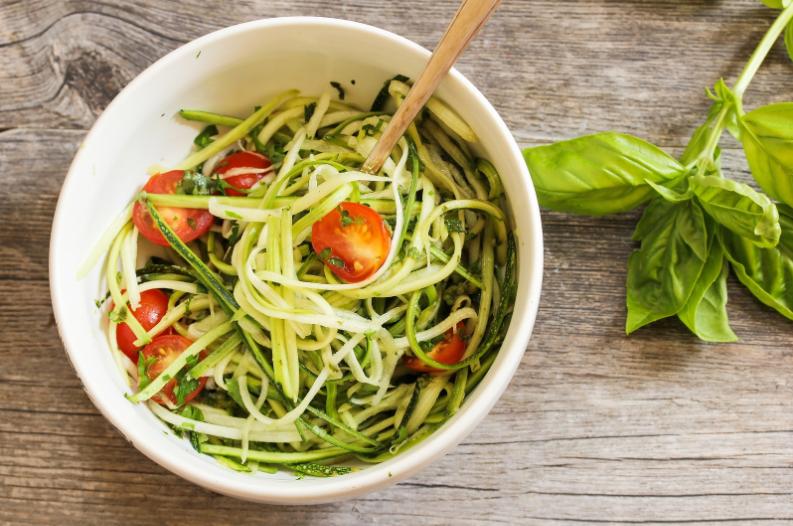 Spaghetti courgettini met zalm & avocado