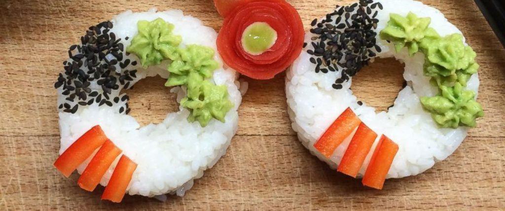 Sushi lovers opgelet! Er is nu een sushidonut en het is ge-wel-dig