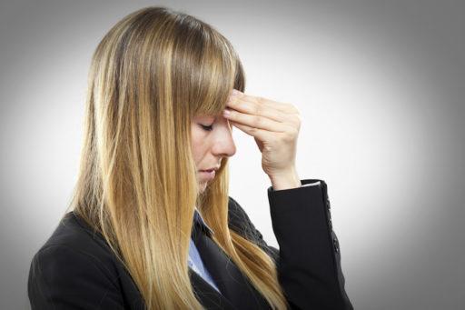 De symptomen van een hoofdletsel