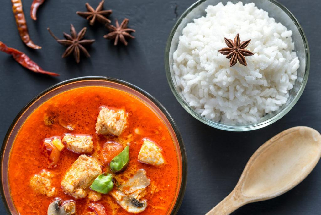 Thai Red curry met bloemkoolrijst