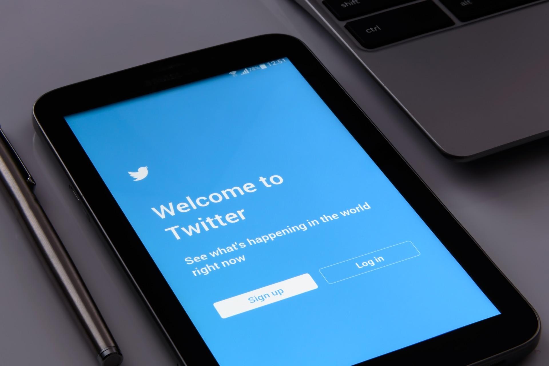 États-Unis: Twitter va renforcer la sécurité des comptes politiques avant les élections