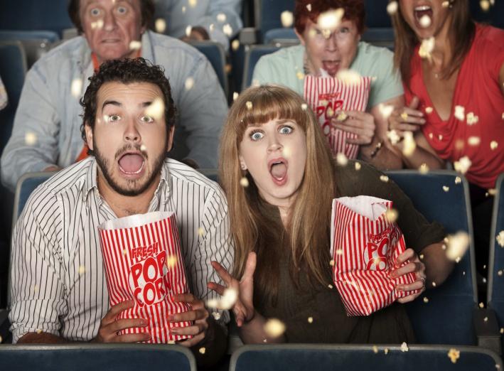 Un premier rendez-vous au cinéma