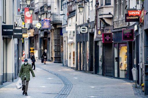 Modewinkelswillen uitsluitsel over uitstel wintersolden