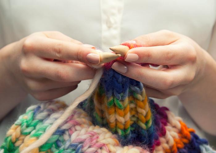 Het verrassende effect van breien op onze gemoedstoestand