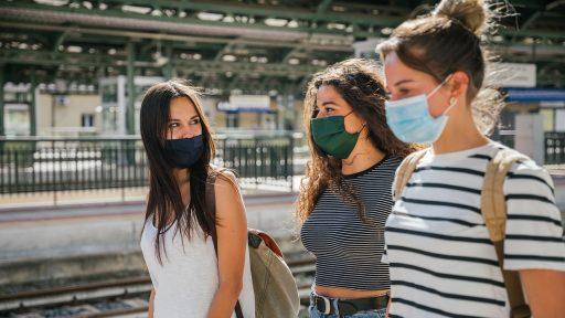 Aantal coronabesmettingen vertraagt stevig: kwart meer gevallen voorbije week
