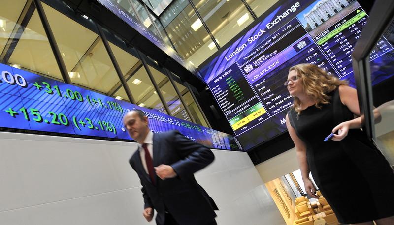 Matige Chinese groei haalt Europese beurzen onderuit