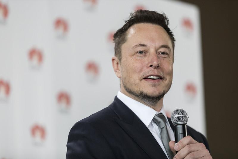 Tesla-oprichter Elon Musk op een persconferentie.