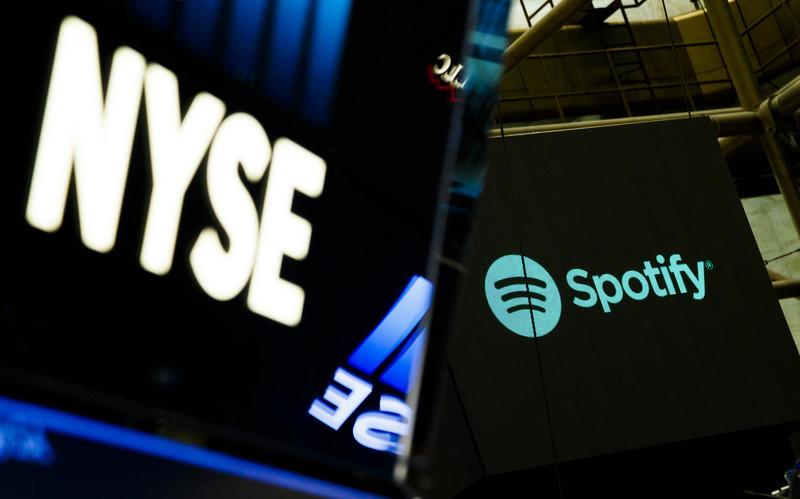 Spotify ging naar de beurs via een direct listing. - EPA-EFE/JUSTIN LANE