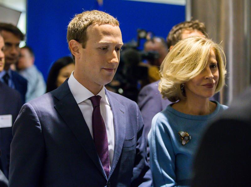 De laatste keer dat Mark Zuckerberg in het land was, moest hij verantwoording afleggen voor het Cambridge Analytica-schandaal. - EPA-EFE/STEPHANIE LECOCQ.