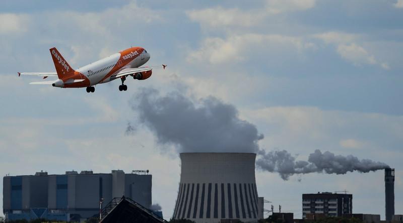 Un appareil de la compagnie aérienne EasyJet au décollage