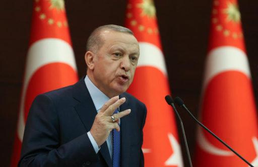 La livre turque en chute libre, Erdogan s'obstine dans sa politique monétaire