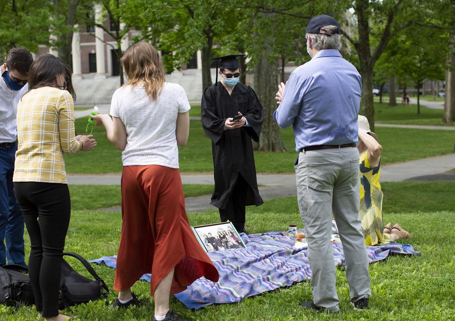 Les États-Unis ordonnent aux étudiants étrangers qui suivent uniquement des cours en ligne de rentrer chez eux