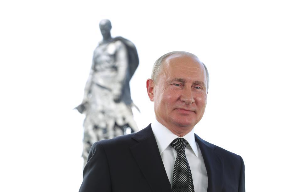 Sans surprise, Poutine remporte son pari