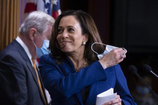 Qui est Kamala Harris, la colistière de Joe Biden ?