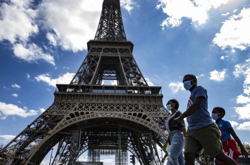 11 villes (dont Paris) passent en 'zones d'alerte renforcée', bars et restos fermés à Marseille