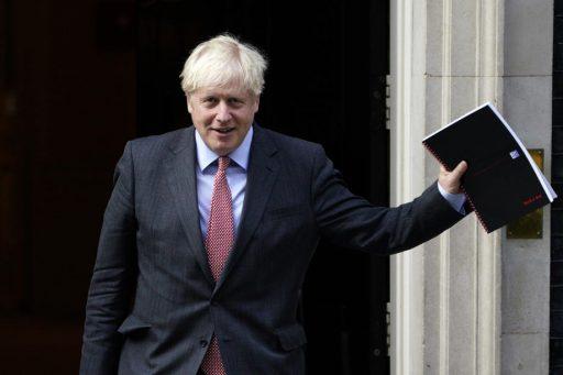 Boris Johnson: 'Strengere coronaregels zullen mogelijk 6 maanden van kracht blijven'