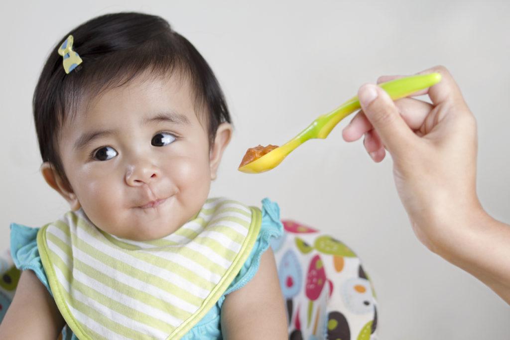 Waarom is babyvoeding in glazen potjes zo lang houdbaar?