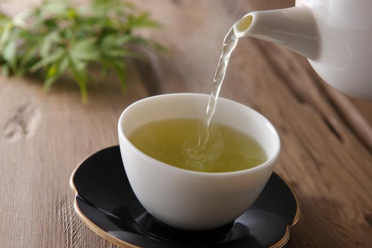 Waarom je deze winter nog meer thee moet drinken