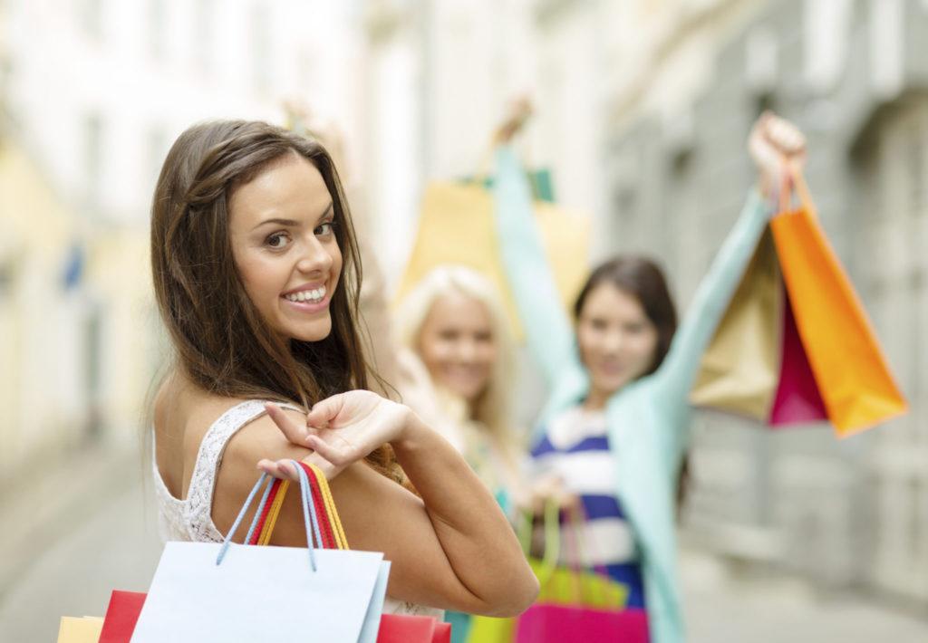 Waarom shoppen vrouwen gelukkig maakt?