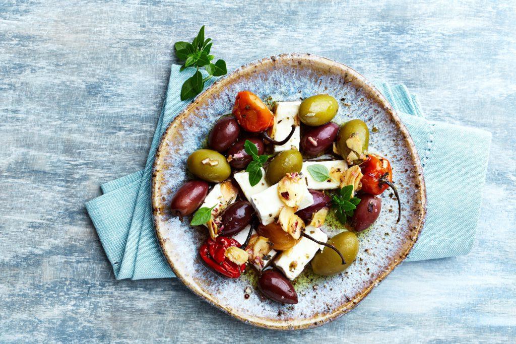 Warme feta met tomaat en olijven
