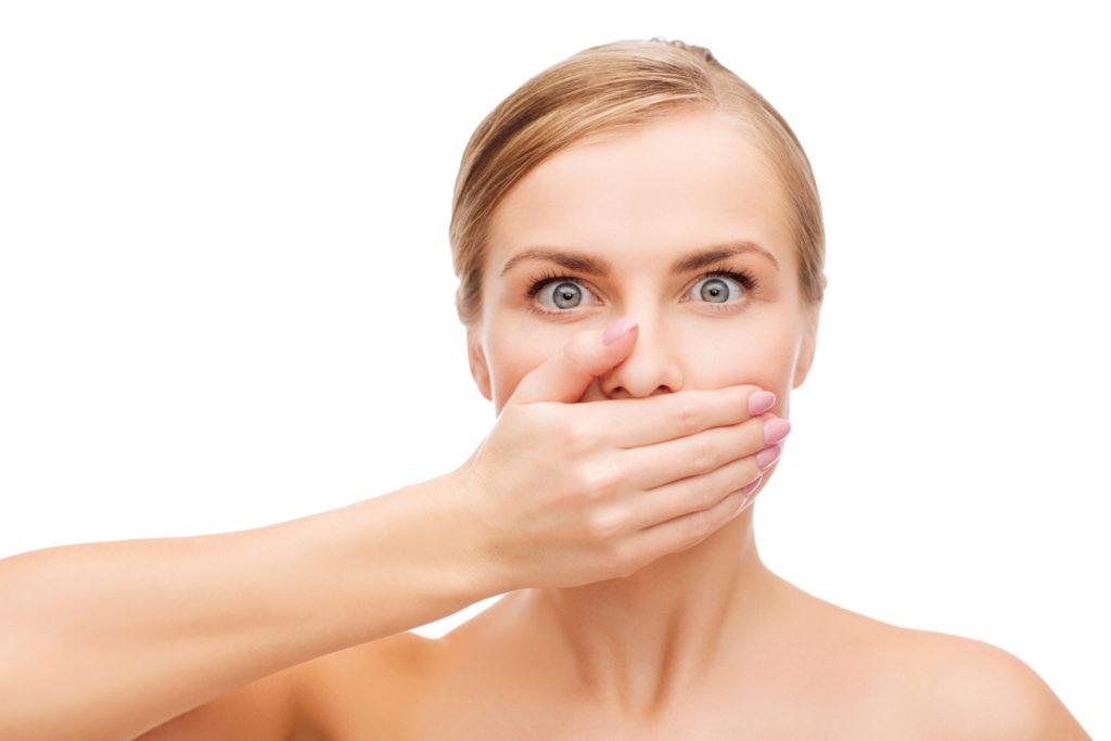 Wat vinden mannen erger? Stinkadem of de Geur van zweet?