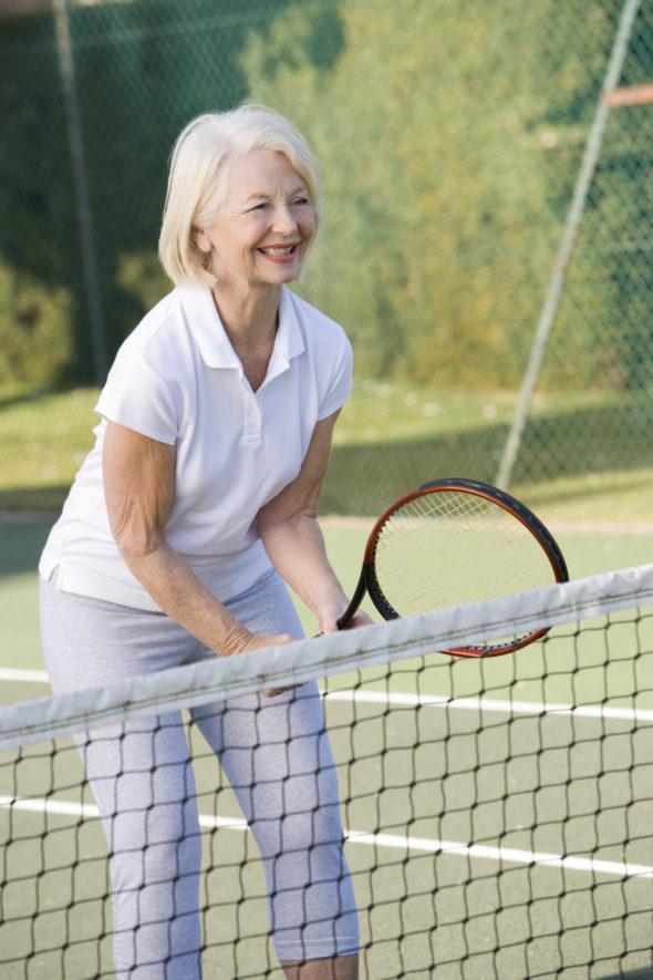 Zo kan je op latere leeftijd beginnen tennissen