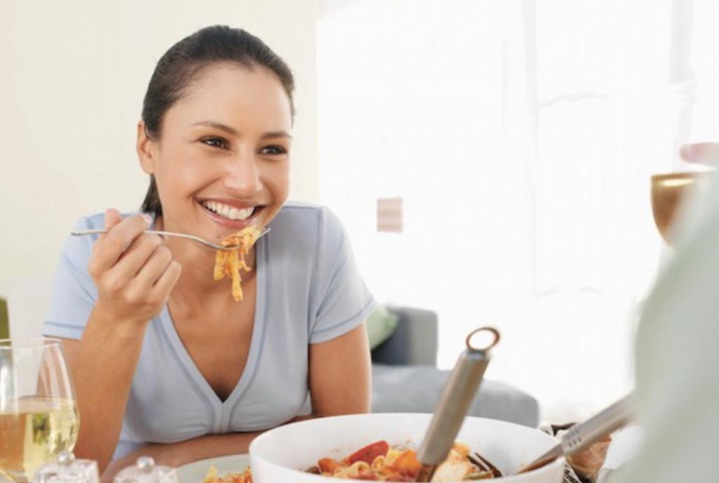 WOW: Dit gebeurt als je stopt met koolhydraten te eten