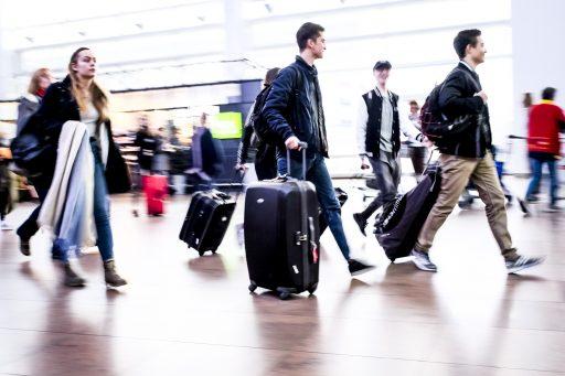 Voorbije dagen reisden al duizenden mensen uit rode zones naar België