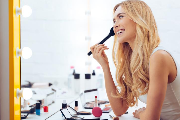 Zo blijft je make-up de hele dag mooi zitten