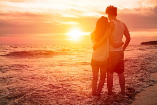 Zo breng je een romantische zomeravond door met je partner