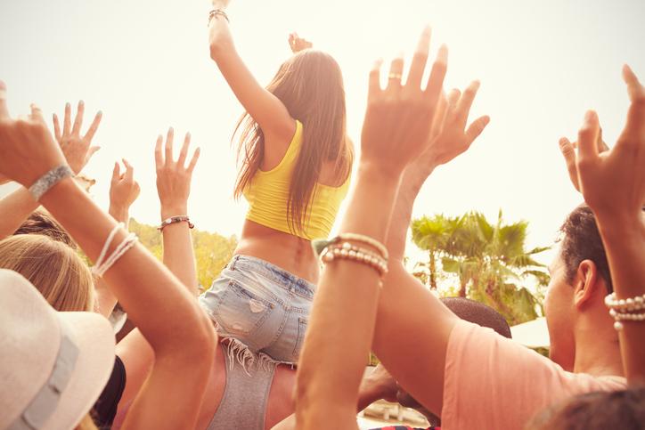 Zoveel calorieën verbrand je tijdens een festival